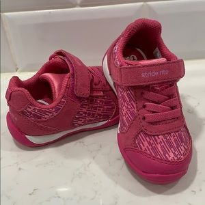 Stride Rite toddler size 5 tennis shoes